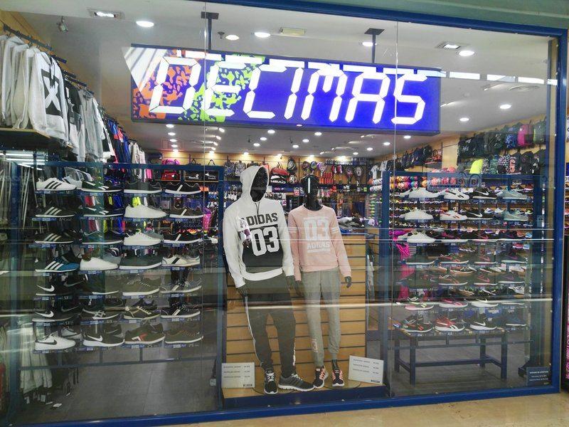 Decimas Centro Comercial La Veronica